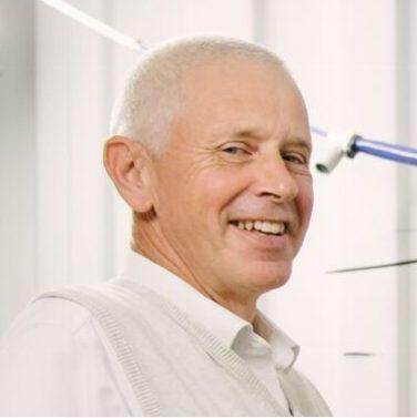 Prof Peter Brett
